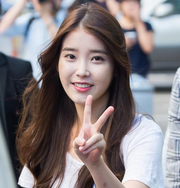 IU Come Back 2014 Concert Kpop Club And Cafe Hongdae